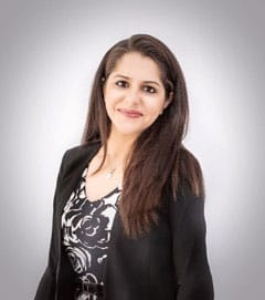DR. RASHI SOIN - Principal Dentist and Practice Owner